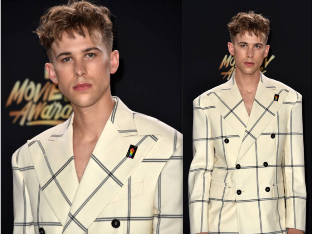 Tommy Dorfman MTV awards duo.jpg