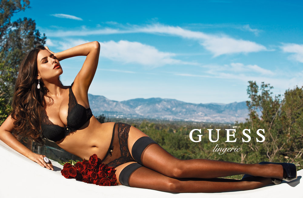 Guess alice campaign lingere.JPG