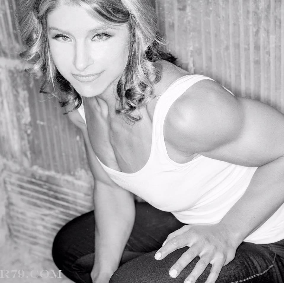 Jessica Frano   Fitness Editor    w    ww.jessicafrano.com    Instagram: @  jessicafrano