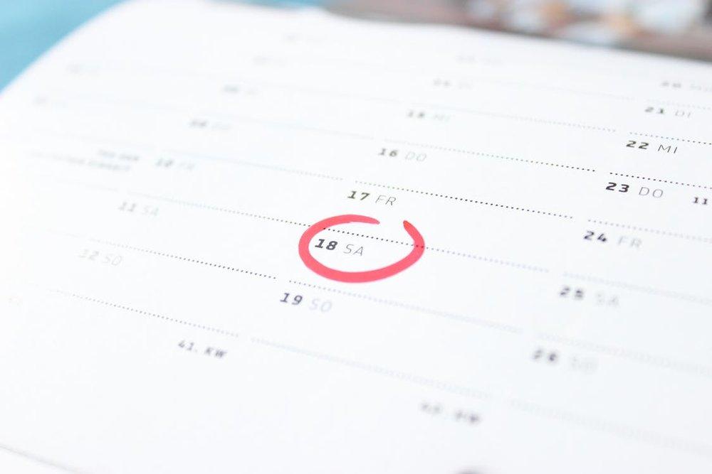 time-calendar-saturday-weekend-60032.jpg