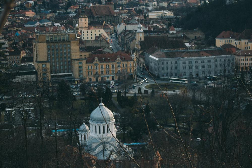 Pogled na grad sa brda