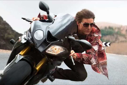 Tom Cruise Mission Impossible: Rogue Nation motorcycle stunt