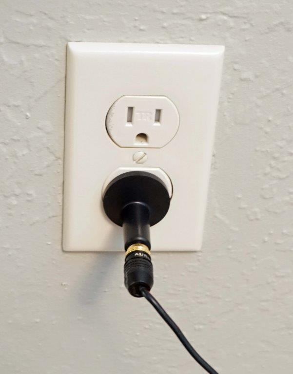 smart plug 2.jpg