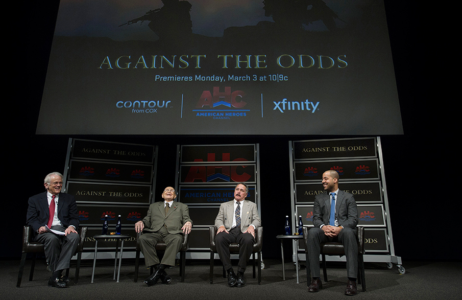 Newseum Vice Chairman Shelby Coffey moderates a panel featuring U.S. veterans Bill Steele, Sr. (Marine Corps – WWII), John Ligato (Marine Corps – Vietnam), and Perfecto Sanchez (Army – Iraq).