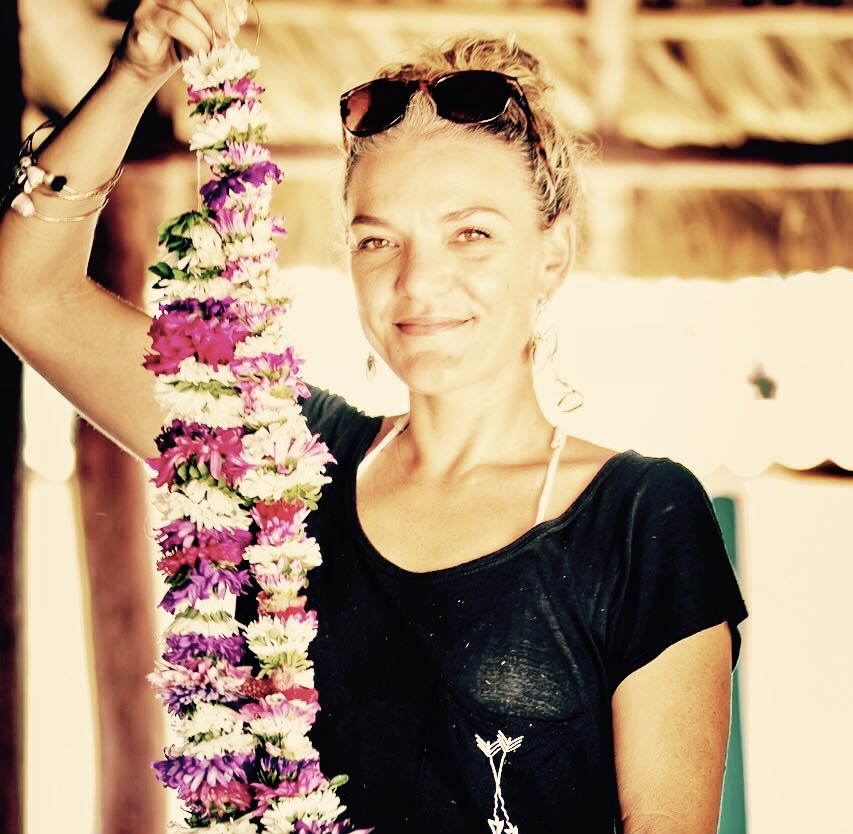Making lei in Cuba for the arrival of Hokule'a - March 2016 - Polynesian Voyaging Society, Malama Honua Worldwide Voyage