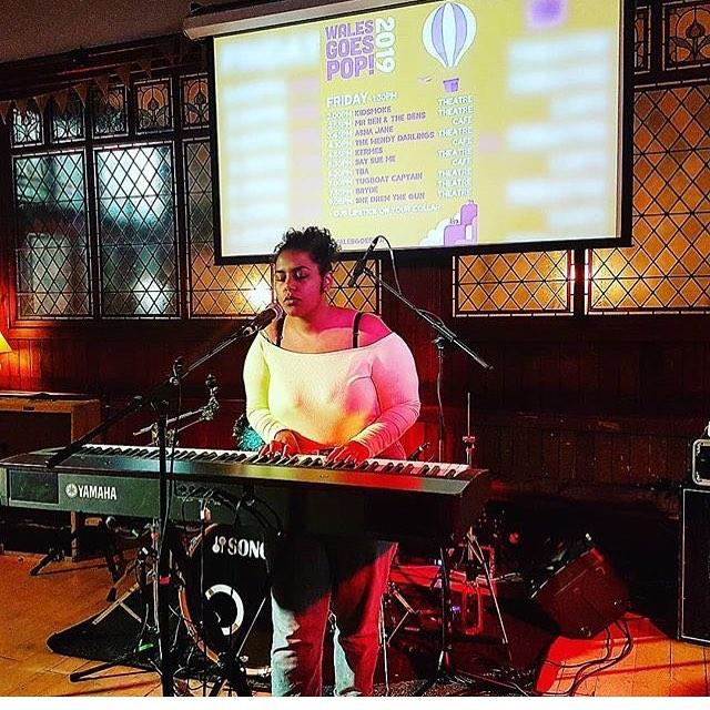 Asha Jane by @misswordsalad 💜 #walesgoespop #thegatecardiff #cardiffgigs #ashajane #welshmusic #cardiffmusic