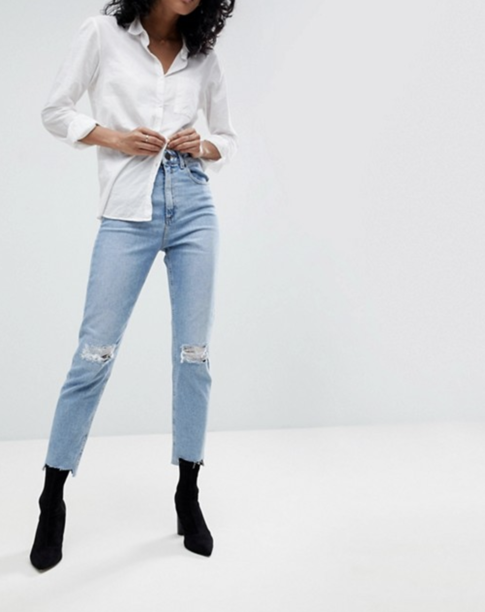 ASOS FARLEIGH High Waist Slim Mom Jeans In Zaliki Light Vintage Wash With Busted Knee And Rip & Repair Detail
