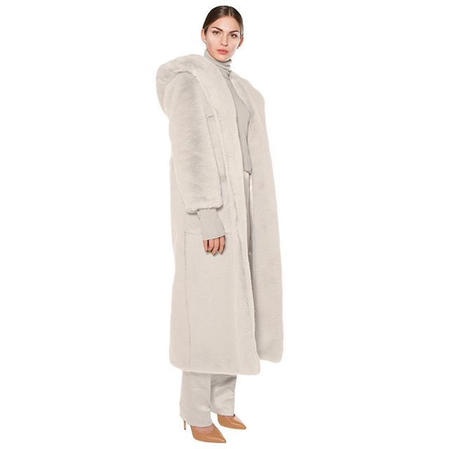 @thurmes.lu our beloved KELLY is now available in  a warm light gray owl shade hooded faux fur coat. Get yours now! www.thurmes.lu/jane  #fashion #teddycoat #fauxfur #grey #coat #art #design #onlineshopping #onlineboutique #makeup #style #shoppingonline #beauty #model #beautiful#warmup #ootd #hoodies #womenempowerment #luxury #lifestyle #womensfashion #envywear #picoftheday #sustainablefashion #fair #love #life #thurmes
