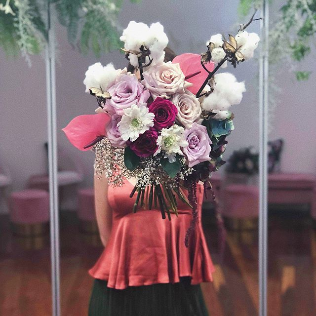 〰️ SWIPE for more 〰️ On Wednesday I got to create some botanical art for the launch of @whitelilycouture's brand new boutique. This funky fairyfloss bouquet featured in a styled shoot during the day; Photographed by the amazing @heartandcolour (can't wait to see their shots!) H&MU by lovely @julianacruzmakeup + @bkodhairstylist Models @christina_macca + @laurencatalano1 Array of gowns from @whitelilycouture • I also created a suspended installation of 'rosehip rain', a wild sculptural install (which was basically a beautiful collision of all my favourite things) + cascades of florals floating across mirrors. • The luxurious new @whitelilycouture space was then transformed for an evening of celebration: Hire - @avideas_ Balloon install - @balloons_by_twistedmr Tunes - @russwalker30 Sparkles - @xennoxdiamonds Pink Lemonade - @fentimansaustralia Gelato (the best ever!) - @wheelandspoon Favours - @little__food Coffee - @black.rabbit.coffee • Love and congratulations to you Alera - may this new chapter in the @whitelilycouture journey be prosperous. Thank you-and Maddie-for allowing me such creative freedom.xx • 👏🏽Special 👏🏽thanks to wonderful Alex @tinandwhisk for her delicious treats 💕 And as always Heiti @harbinger.of.spring for being a gem of a human being ✨