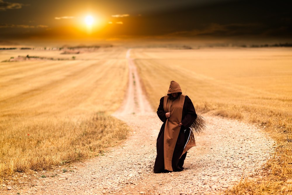 monks-1077839_1920.jpg