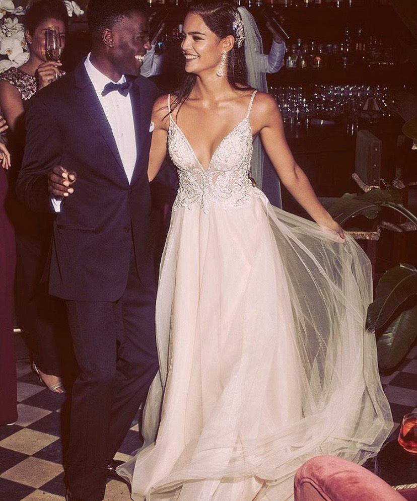 8b26e8ebe03 Red And White Davids Bridal Wedding Dress - Data Dynamic AG