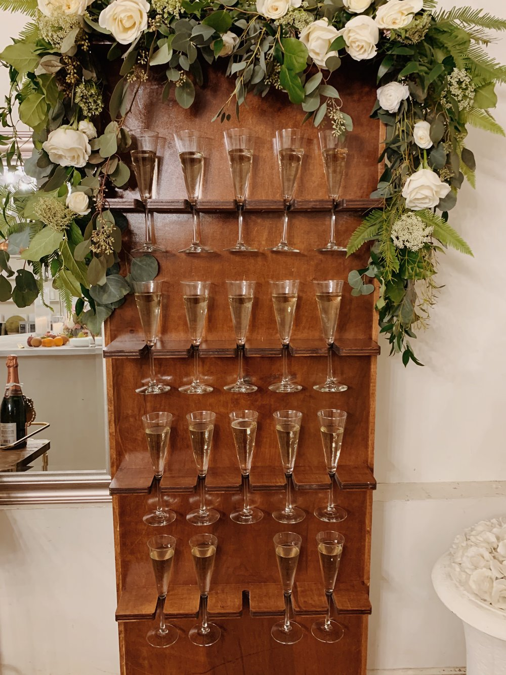 How adorable is this champagne flute wall, The Bubbly Wall, by our friends over at The Bubbly Truck?!