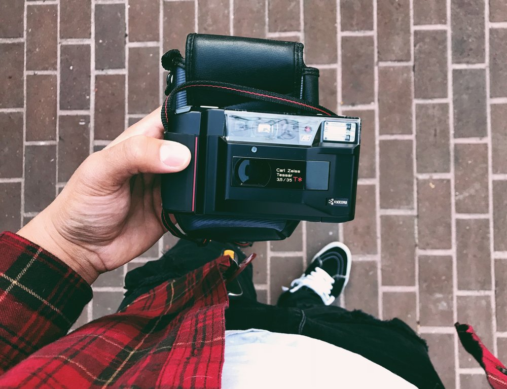 Yashica T2 (Instagram: @Kingjvpes)
