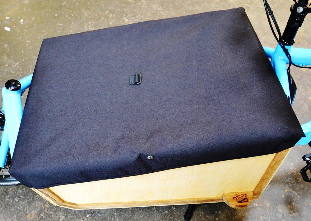 BLAQ tonneau for Badger box 002.jpg