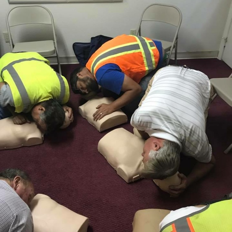 Why Choose us... - We offer beginner and advanced level CPR and First Aid training for groups and businesses of all sizes in the convenience of your group location or workplace.