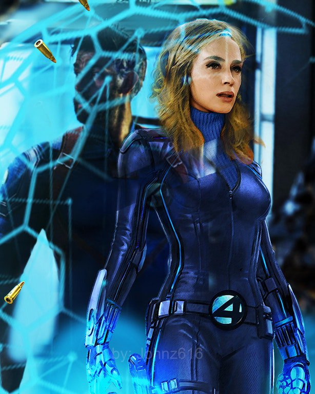 EMILY BLUNT AS SUE STORM
