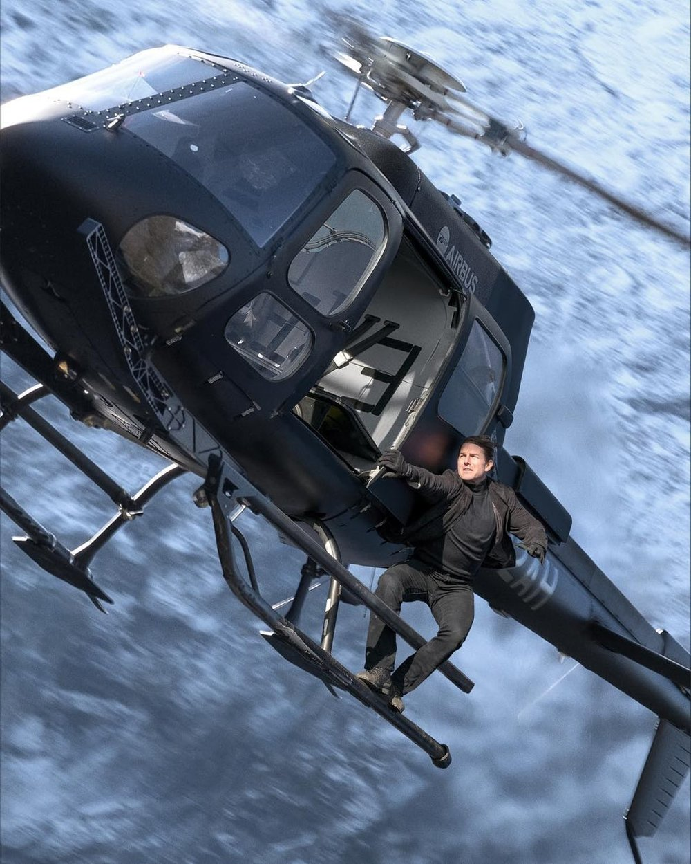 Tom-Cruise-in-Mission-Impossible-Fallout.jpg