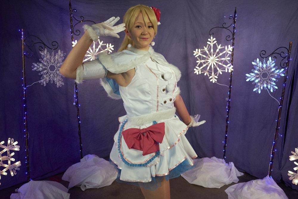 Allybelle Cosplay as Snow Halation Eli Ayase at Waveform Austin