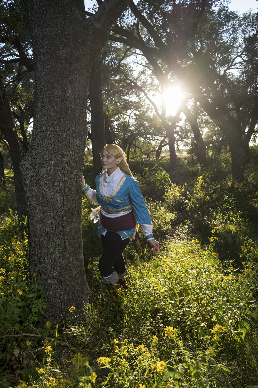 Allybelle Cosplay in Princess Zelda cosplay