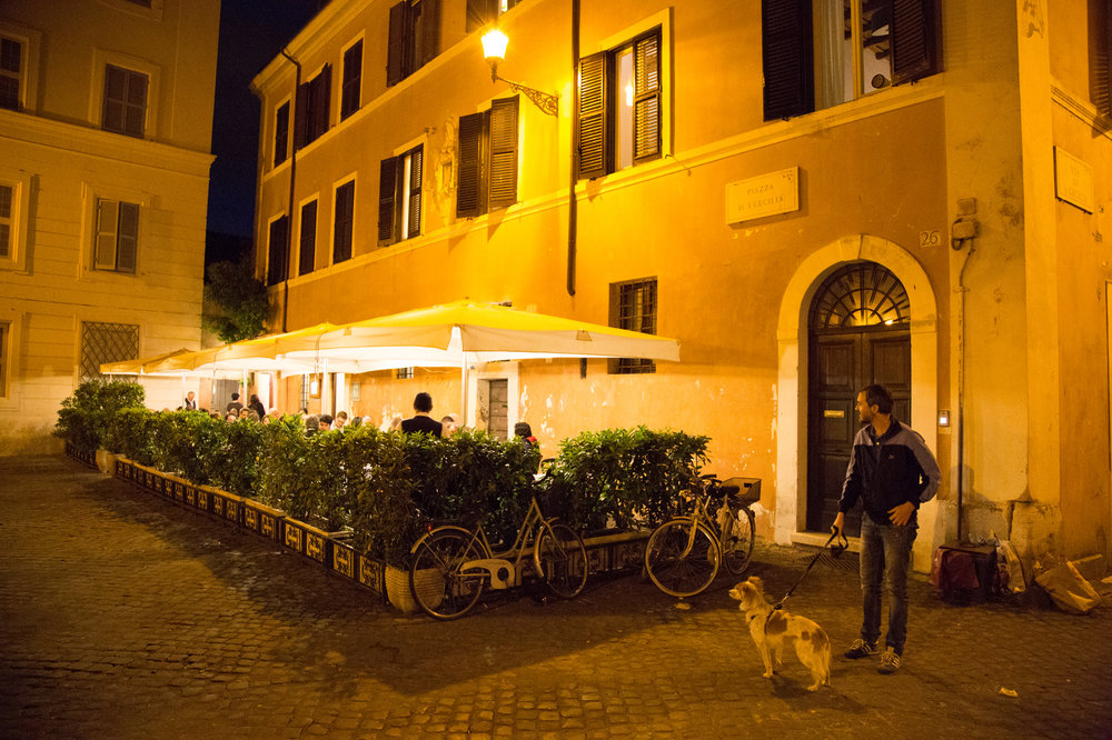 Roma sparita - Made famous by Anthony Bourdain, this spot has some of the best Cacio e Pepe in town. Be sure to make reservations well ahead of time.