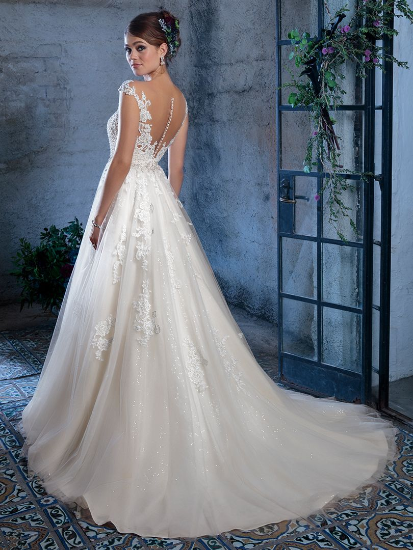 Amare Couture By Casablanca Bridal