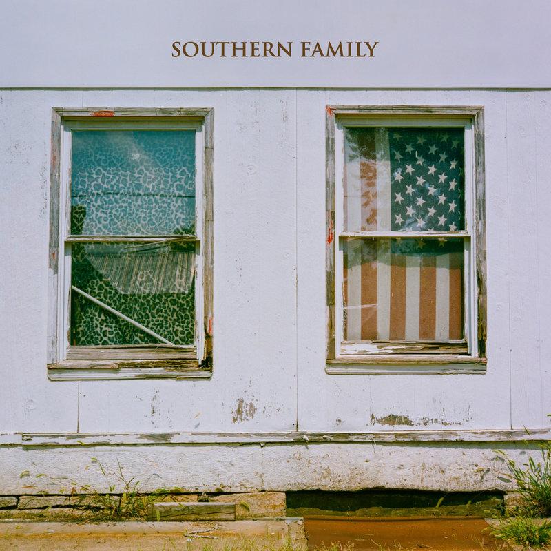southernfamily_cvr_sq-807b60658a28ced73a1559917784d9b205bd7138-s800-c85.jpg