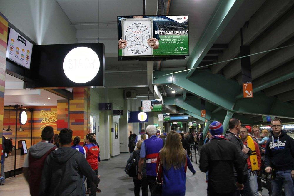 METRO TRAINS - Melbourne - Australia
