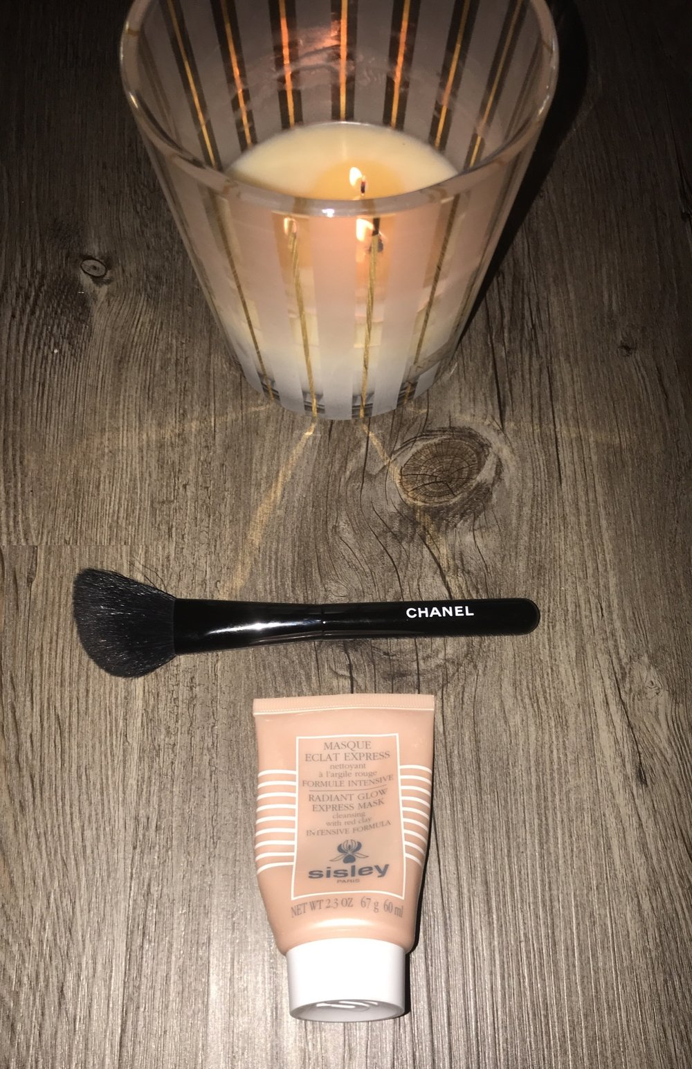 Sisley Red Clay Radiant Express Mask -Shop Directly     $128 Sisley Radiant Express Glow Mask  -Review Youtube Video