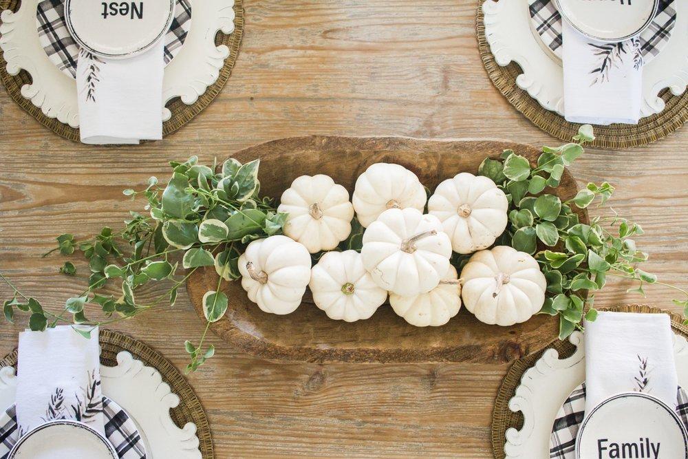 Farmhouse Fall Decor - Dining Room - Farmhouse Living.jpg