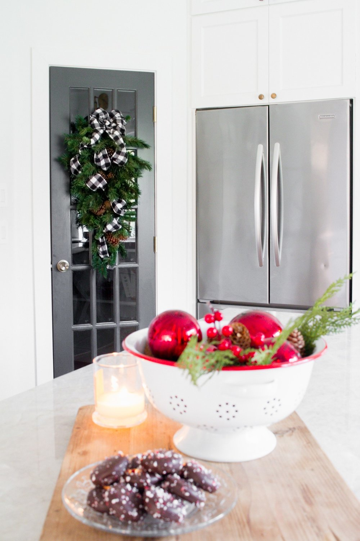 Tasteful Hallmark Christmas-0390.jpg