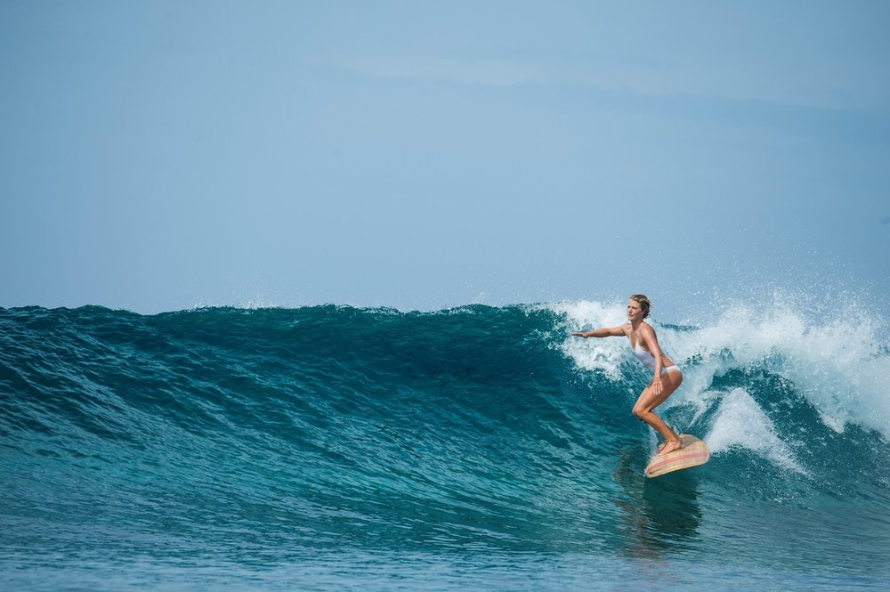 fettle-blog-my-day-on-plate-sasha-hutchinson-surfing