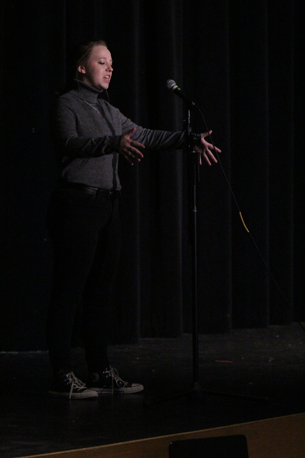 Sophomore Victoria Heydman preforms her orgional poem about eating disorders.