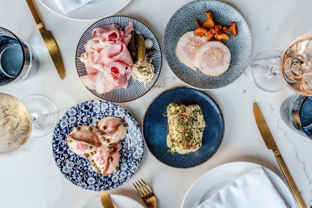 toronto-restaurants-bacchanal-queen-west-snacks.jpg