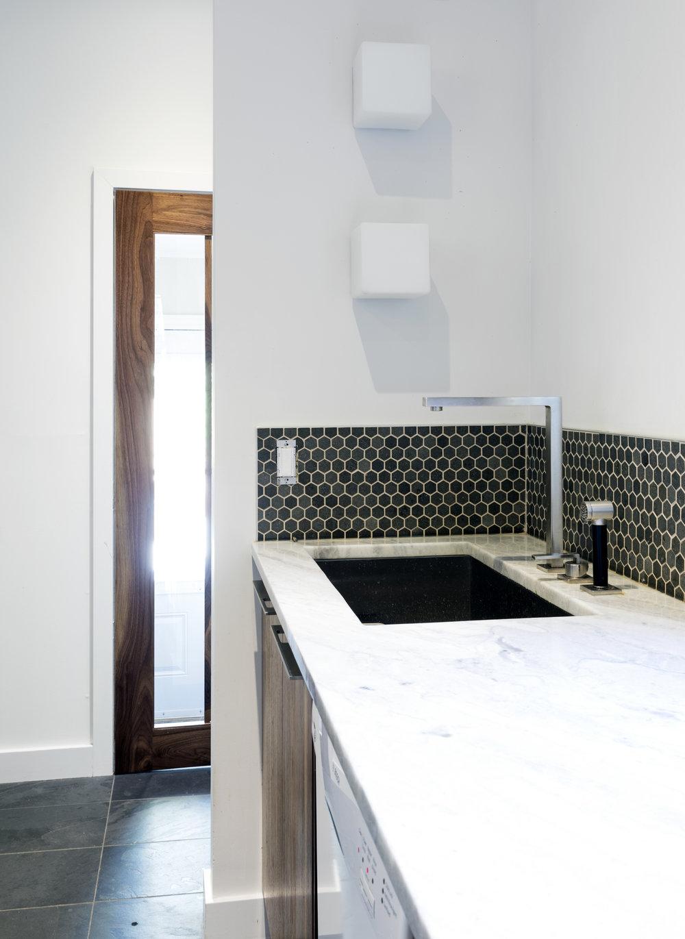Guigues kitchen 3.jpg