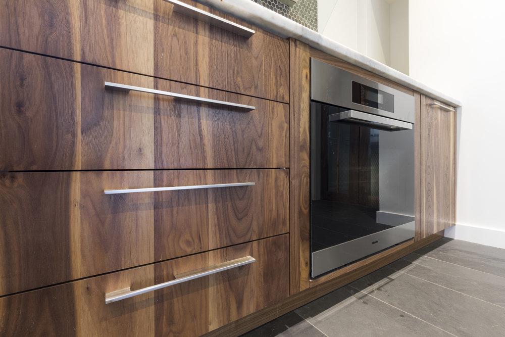 Guigues kitchen 2.jpg