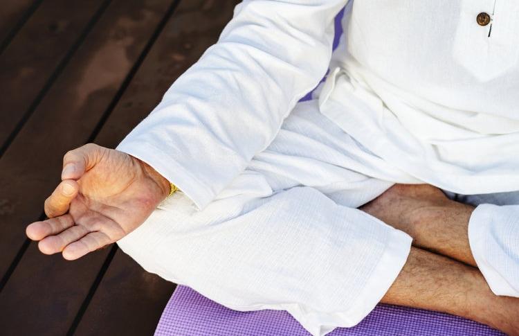 ayurveda-meditating.jpg