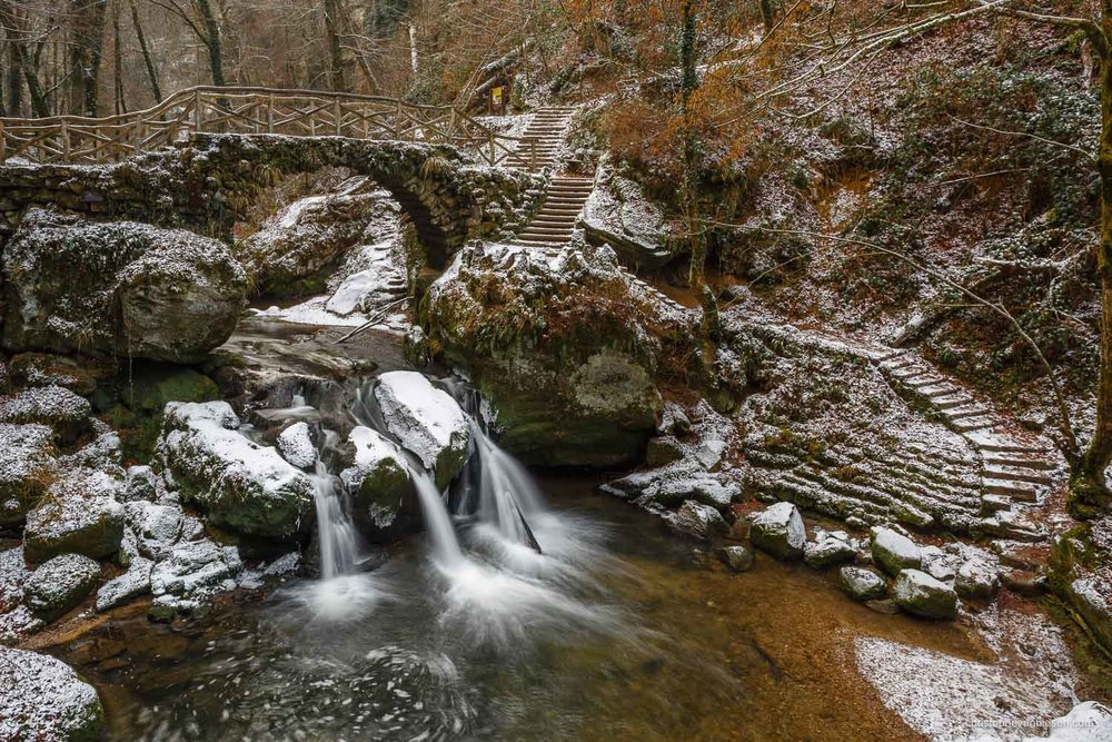 Snow in Luxembourg - The Mullerthal waterfalls during winter in the Grand-Duchy of Snow in Luxembourg - Little Winter Switzerland
