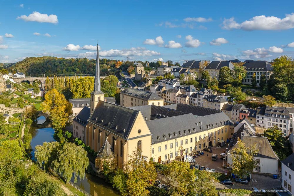 Autumn in Luxembourg - Autumn in Luxembourg City's Grund neighbourhood with the Abbey of Neumunster along the Alzette river - Autumn Abbey