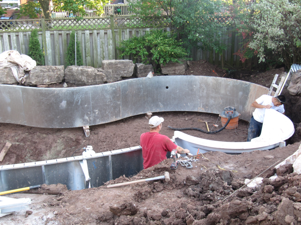 Vinyl Pool Construction