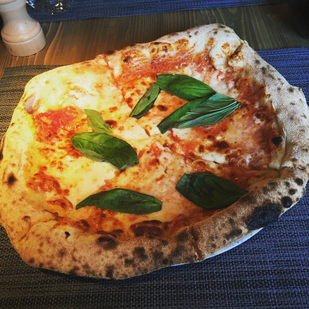 pizza one: margherita