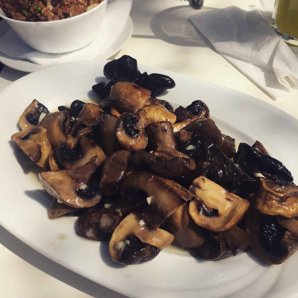 ciuperci cu usturoi