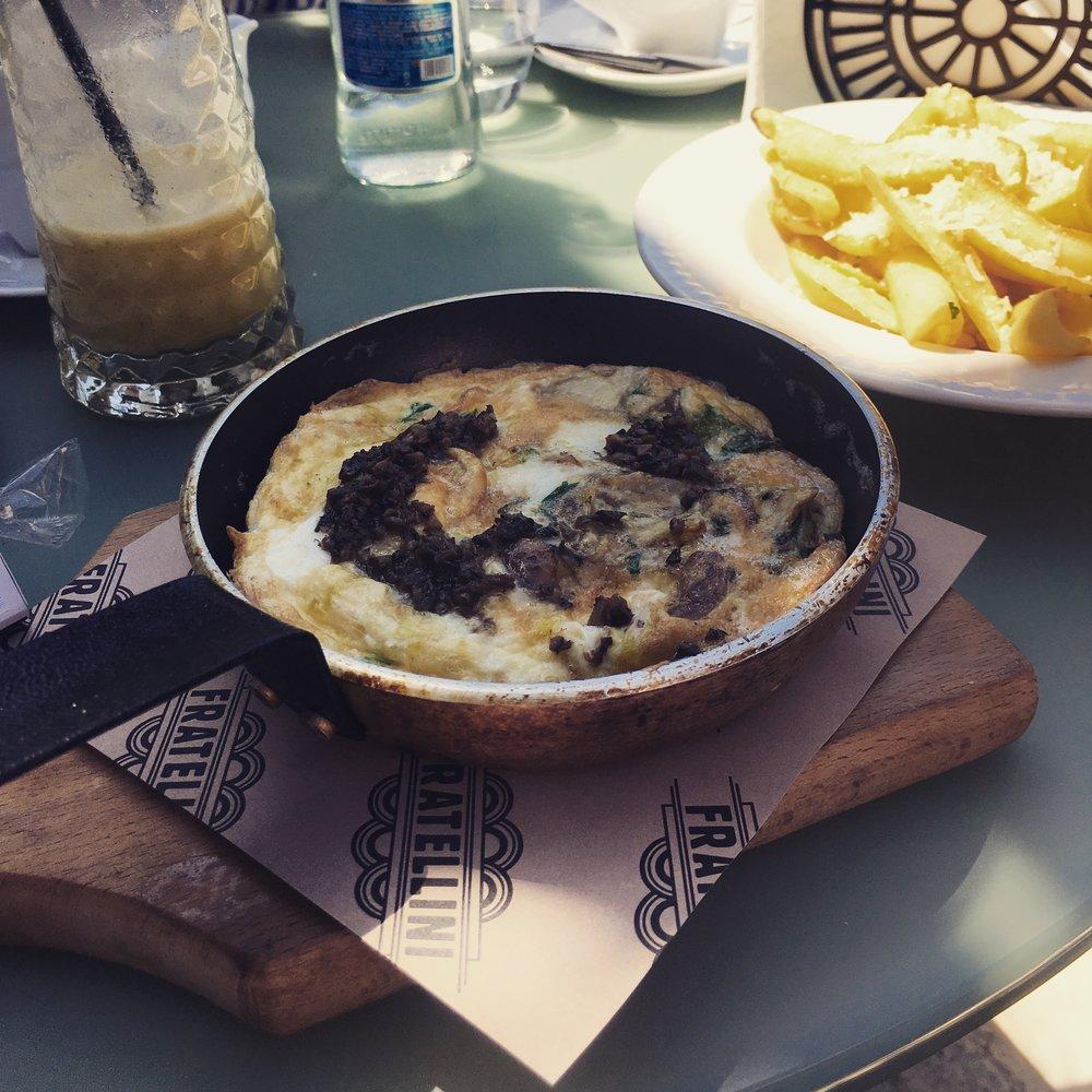 omletă provensală