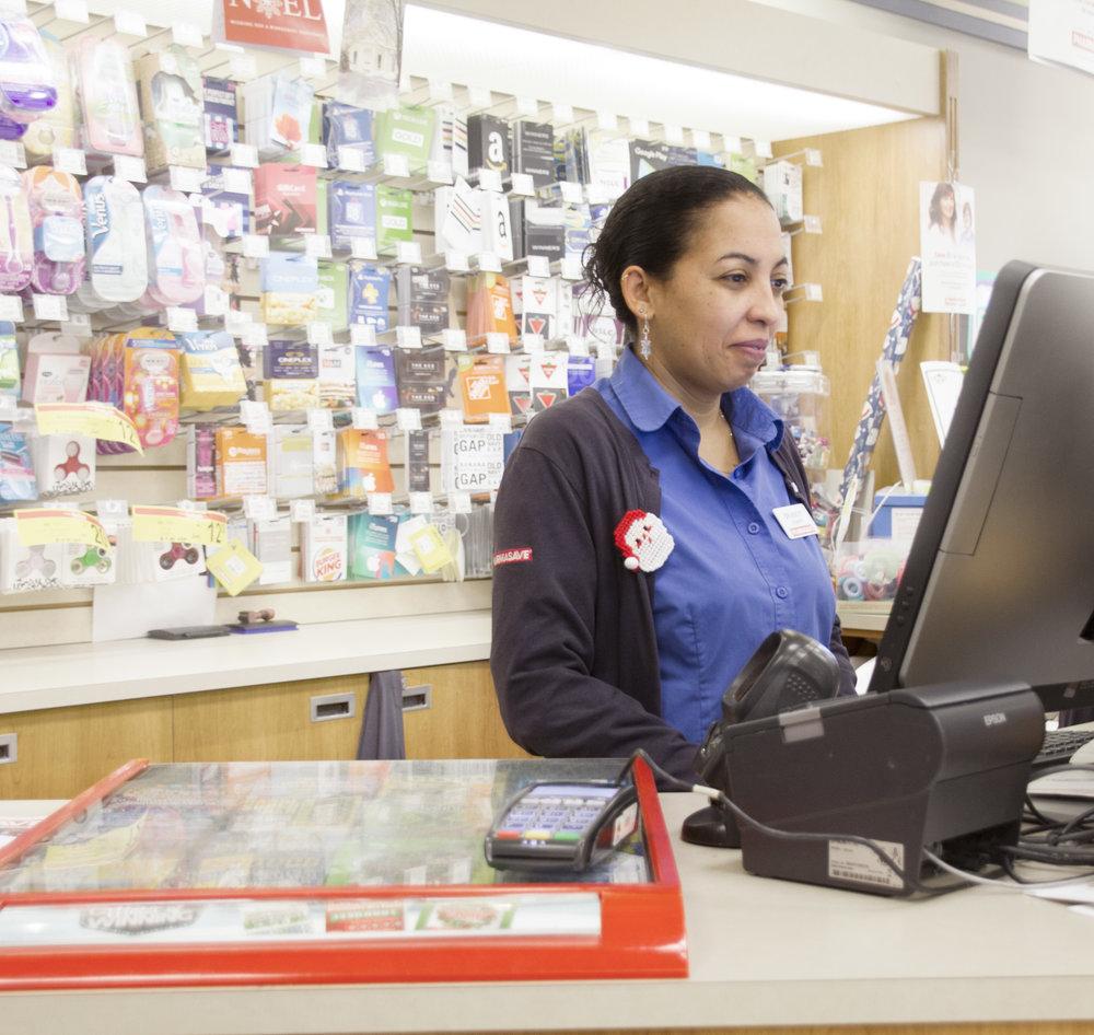 cashier3.jpg