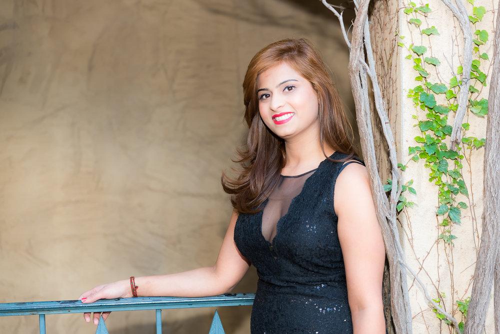 Alina Gilani Graduation Shoot (December, 2017) (4 of 86) (1).jpg