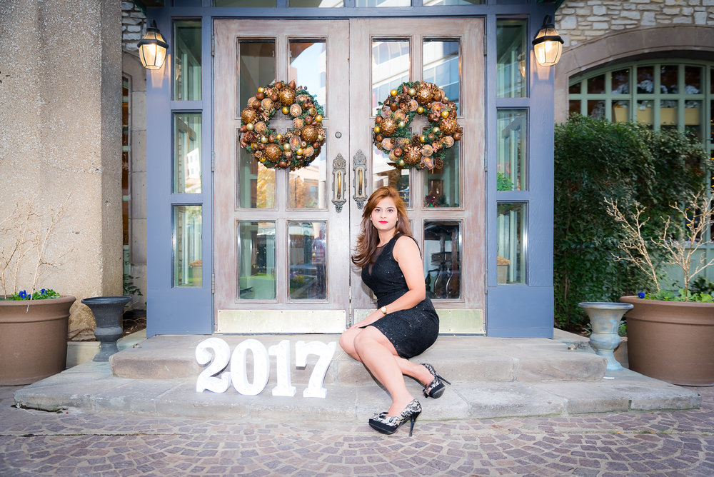 Alina Gilani Graduation Shoot (December, 2017) (15 of 86).jpg