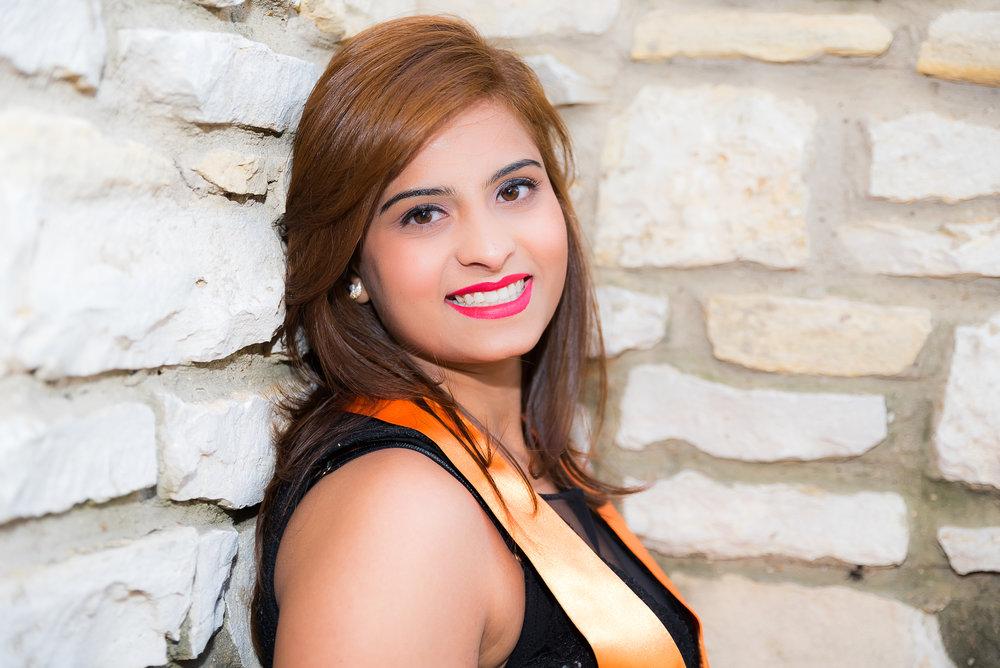 Alina Gilani Graduation Shoot (December, 2017) (20 of 86).jpg