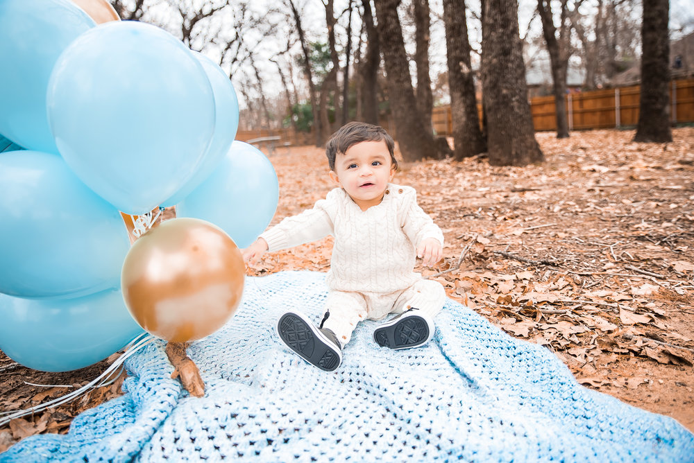 Shazil 1st Birthday Shoot (55 of 108).jpg