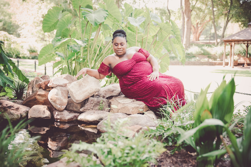 Denisha Maternity Shoot (24 of 35).jpg