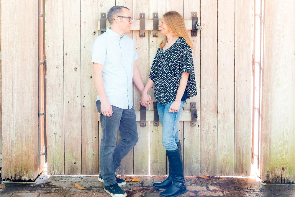Vanessa & Jason E-Shoot-25.jpg