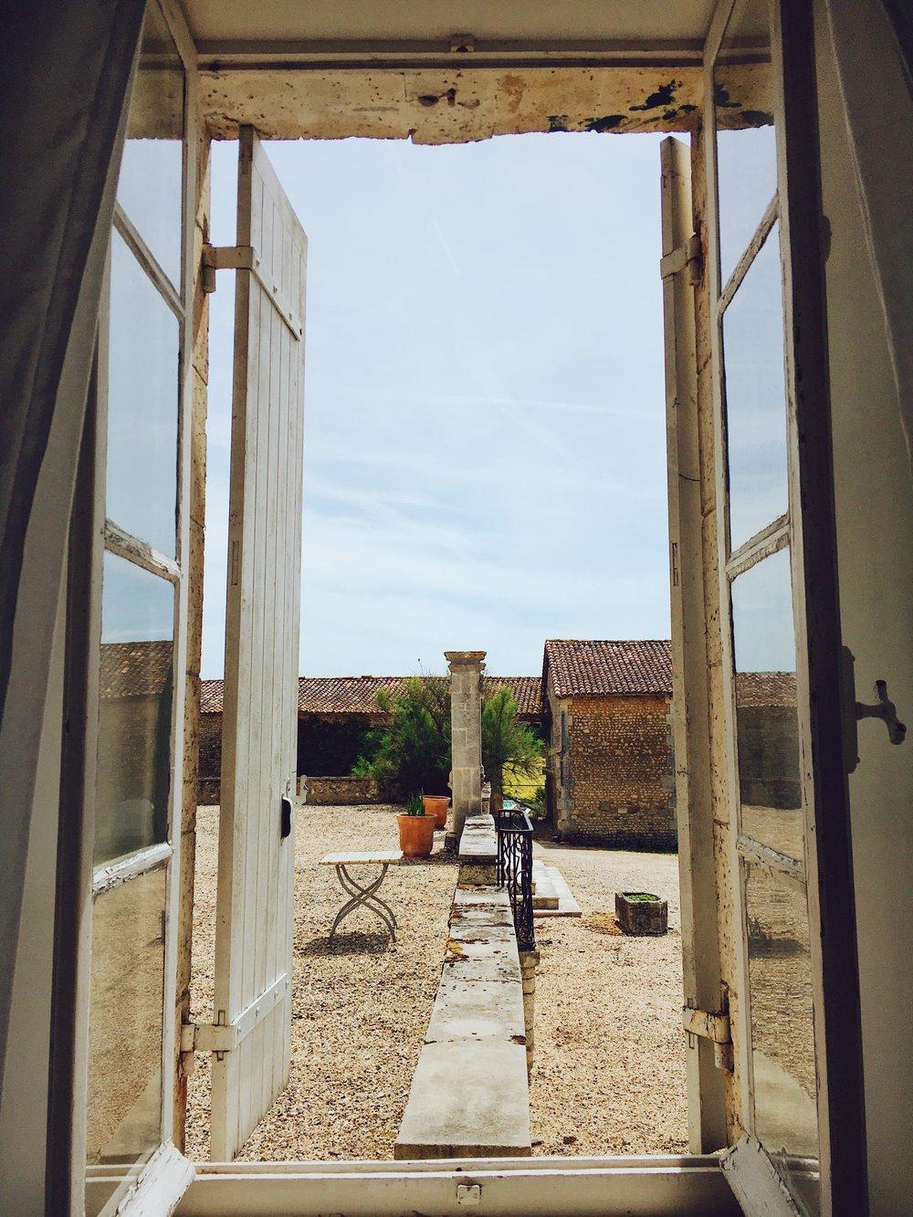 MiniVoodoo_Travel_Charente_Logis de Beaulieu (1).JPG